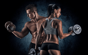 A couple doing bicep curls to weight train